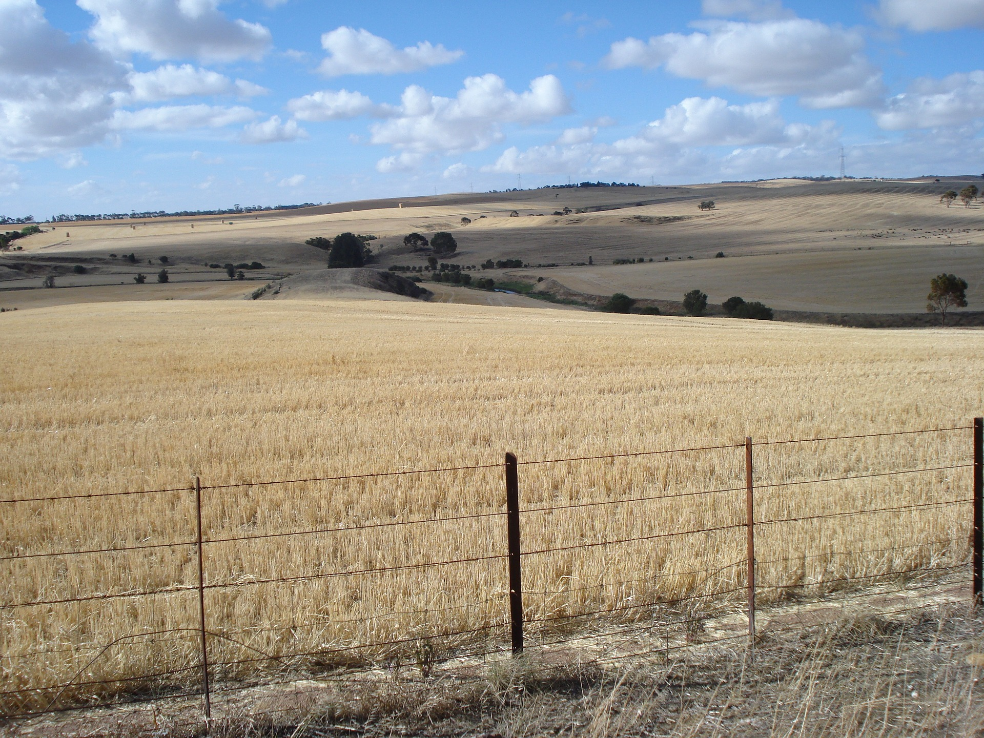 Obrót ziemią rolną - ustawodawca naprawia...